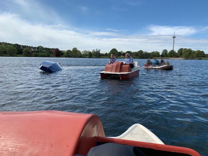 De waterfietsen in actie op het Duitse meer.