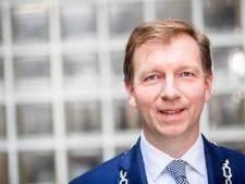 Operatie Veenendaalse burgemeester Gert-Jan Kats geslaagd, hartritmestoornissen verleden tijd
