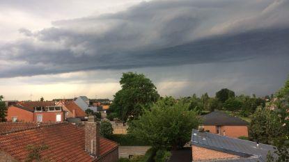 Hele dag code geel: prachtig fenomeen na eerste onweer, KMI waarschuwt voor regen, hagel en fikse windstoten