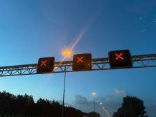 A27 kort dicht richting Zuid-Holland door ongeluk bij Hank