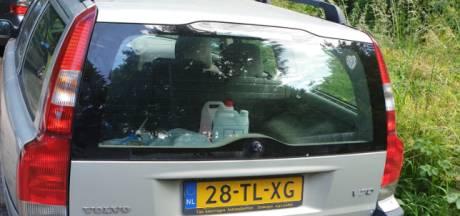 Auto staat al maanden geparkeerd op parkeerplaats in Lexmond