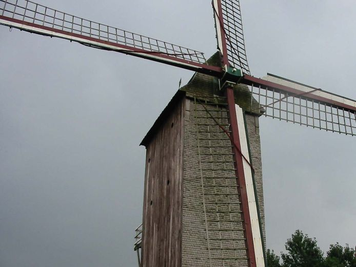 De Stalijzermolen in Leisele