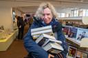 Christa Jansen uit Apeldoorn hamstert liever boeken dan wc-papier.