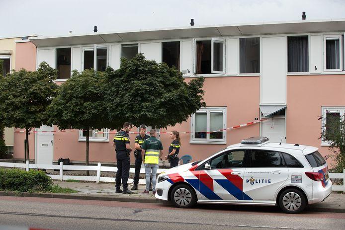 Hulpdiensten in de Monseigneur Bekkerslaan in Doesburg.