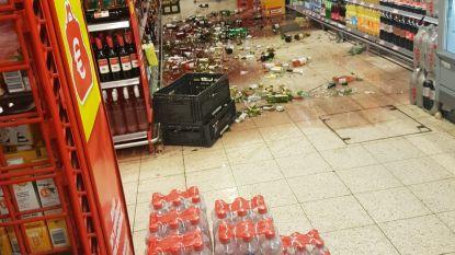 Man gaat door het lint in supermarkt en smijt tientallen wijnflessen stuk