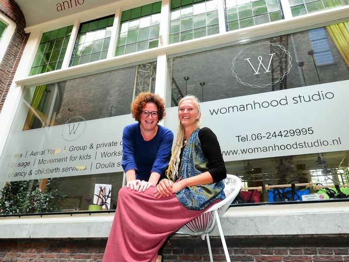 Tami Kalir (links) en Anna Olsthoorn