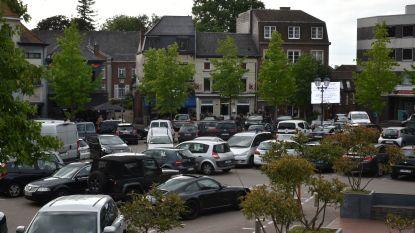 Geen draagvlak voor parkeervrije Markt in Wetteren : 63 % bevolking is tegen