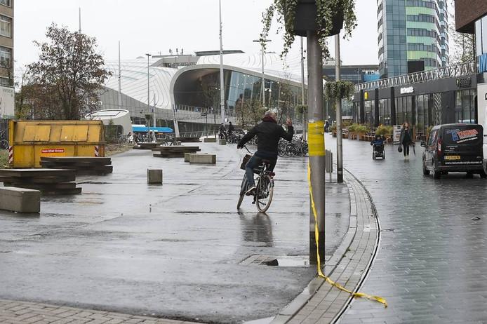 In 2020 moet ook de zuidkant van de Oude Stationsstraat (links op de foto) bebouwd zijn. Foto Marina Popova