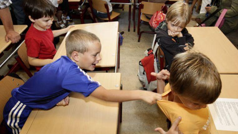 Experimenten waarbij centraal bepaald wordt naar welke school kinderen gaan, onder meer in IJburg en Oud-West, stuitten op verzet van ouders én scholen. Foto ANP Beeld
