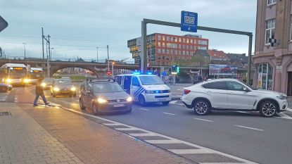 VIDEO. Fietsster raakt gewond aan been bij aanrijding aan Dampoort