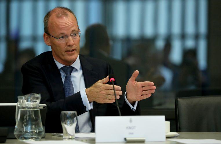 Klaas Knot van De Nederlandsche Bank. Vrijdag waarschuwde hij dat de Europese Centrale Bank niet te lang mag doorgaan met het financieren van de landen in de eurozone door hun schulden op te kopen. Beeld REUTERS