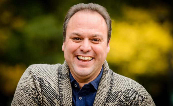 2015-10-23 13:36:54 HILVERSUM - Frans Bauer tijdens de presentatie van het nieuwe seizoen van het tv-programma Vive La Frans, dat wordt uitgezonden door AVROTROS. ANP KIPPA REMKO DE WAAL