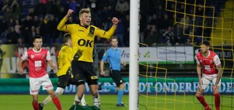 Van Hooijdonk geeft jarige vader drie punten cadeau: 'Mooi voor hem dat we winnen'
