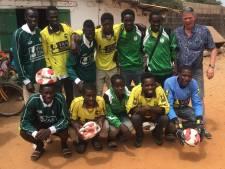 Veluwse voetbalclubs zamelen kleding in voor Gambia