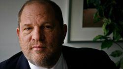Zes vrouwen dienen samen officiële klacht in tegen Harvey Weinstein
