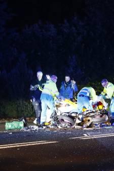 Motorrijder zwaar gewond na aanrijding met personenbusje op de Heerderweg