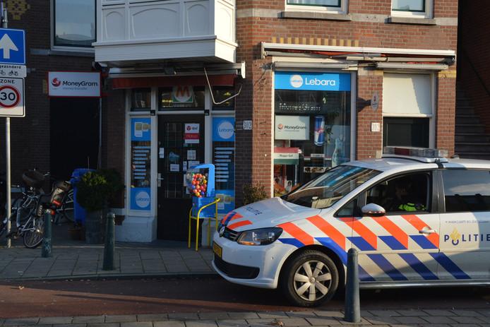 Overval op avondwinkel Valkenboslaan in Den Haag.