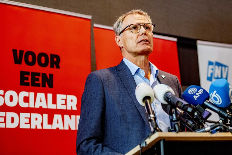'Daar hebben wij niet voor getekend', zegt FNV-voorzitter Han Busker over de dreigende pensioenkortingen. Minister Koolmees moet ingrijpen, meent hij.  Beeld ANP