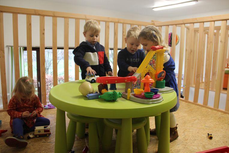 Samen spelen in de kleuterverdieping.