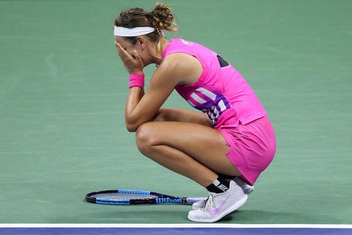 Victoria Azarenka uit Belarus barst in tranen uit na het bereiken van de finale van de US Open door Serena Williams te verslaan.