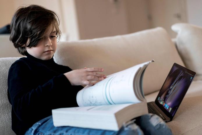 Le petit Laurent Simons devrait bientôt s'asseoir sur les bancs du prestigieux MIT aux Etats-Unis.