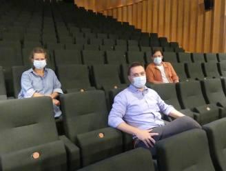 """Leietheater schakelt over op strengere maatregelen: """"Nog plaats voor 120 personen in de zaal"""""""