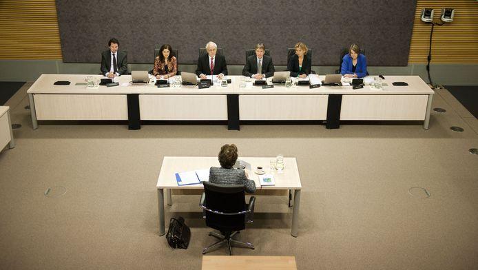 Neelie Kroes tijdens het verhoor van de Parlementaire enquetecommissie Financieel Stelsel. © ANP