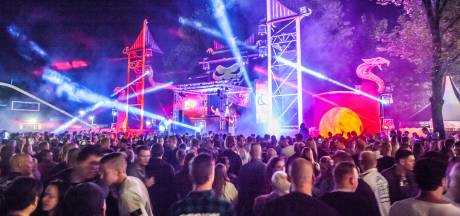 Hardcore-deejays Sefa en Tha Playah naar festival Sunglow