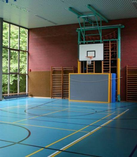 Mfc in Aardenburg mét sporthal en dorpshuis kost flinke duit extra