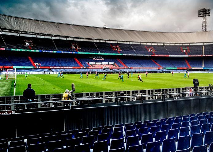 De lege Kuip bij Feyenoord - Sparta.