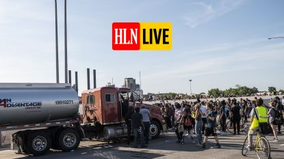 HLN LIVE. Tankwagen rijdt in op groep betogers in Minneapolis: chauffeur is Trump-supporter met strafblad