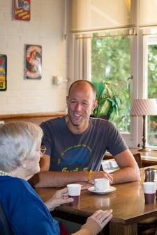 Kopje koffie tegen de eenzaamheid van ouderen