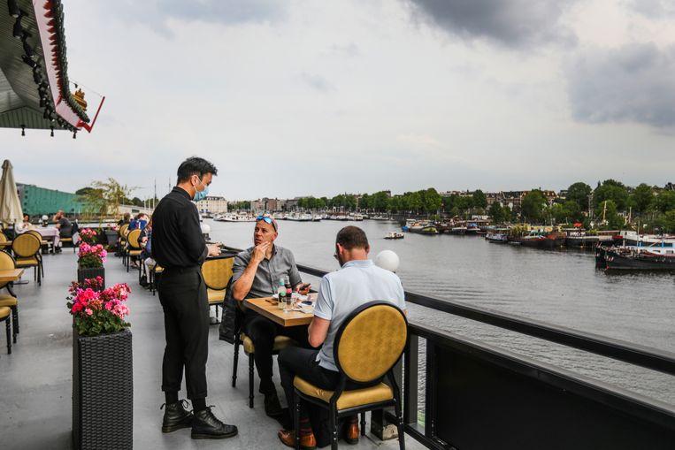 Restaurant Sea Palace aan de Oosterdokskade. Beeld Eva Plevier