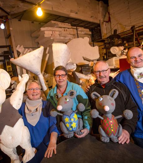 De Veldmuuskes zorgen al 55 jaar  voor carnaval in Overdinkel