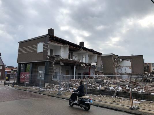 Het voormalige postkantoor in Veghel wordt gesloopt.