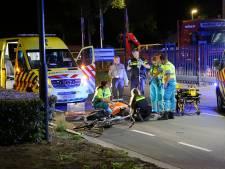 Noodoperatie op de weg voor zwaargewonde fietser in Bladel, politie gaat uit van aanrijding