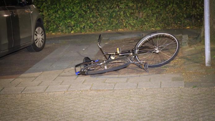Bij een woordenwisseling in september 2017 in Helmond gooide een man zijn fiets naar de andere man. Deze stak toen toe.