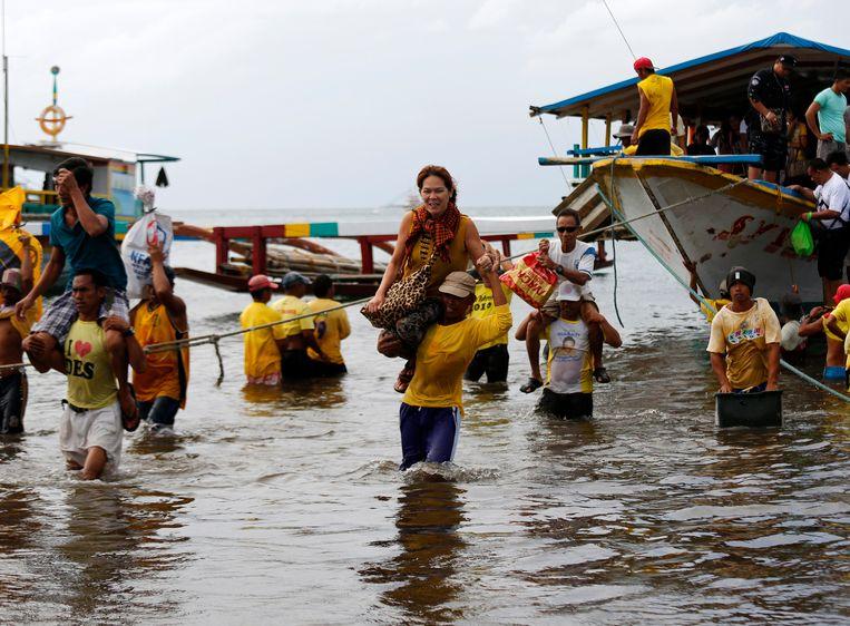 Archiefbeeld van een eerder ongeval met een veerboot in Filipijnse wateren.
