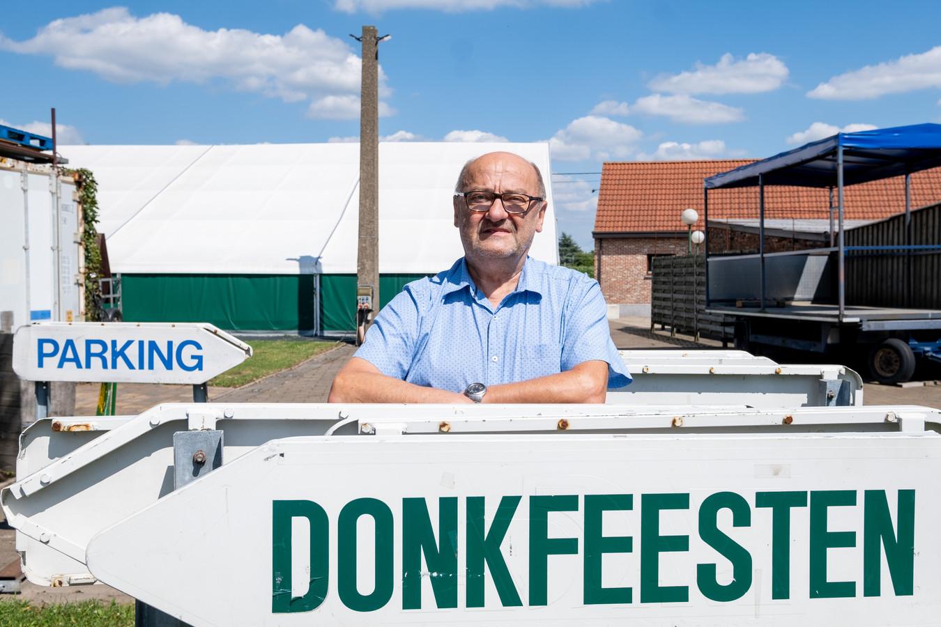 De tent voor de Donkfeesten staat al klaar.