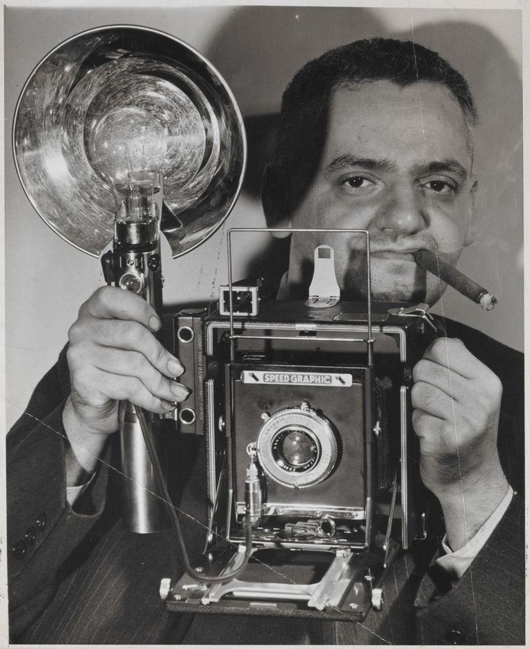 Selfie van 'Weegee, the famous'. Beeld .