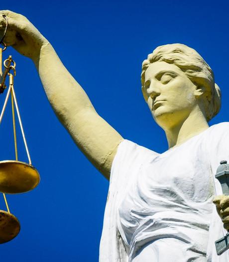 Pools inbrekersduo roofde de regio leeg, officier van justitie eist 30 maanden cel