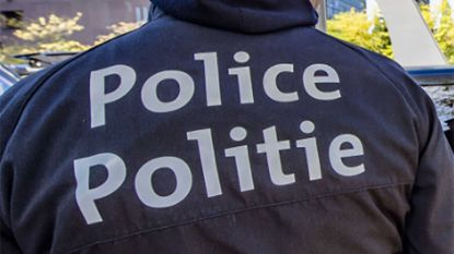 Politieman die informatie lekte in zaak humanitaire visa vrijgelaten onder voorwaarden