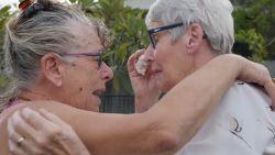 Tranen van opluchting: Australië laat vrouw eindelijk reizen om bij stervende zus te zijn