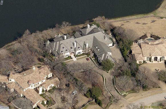 Het bewuste huis in Texas waarop LaPierre het oog had laten vallen.