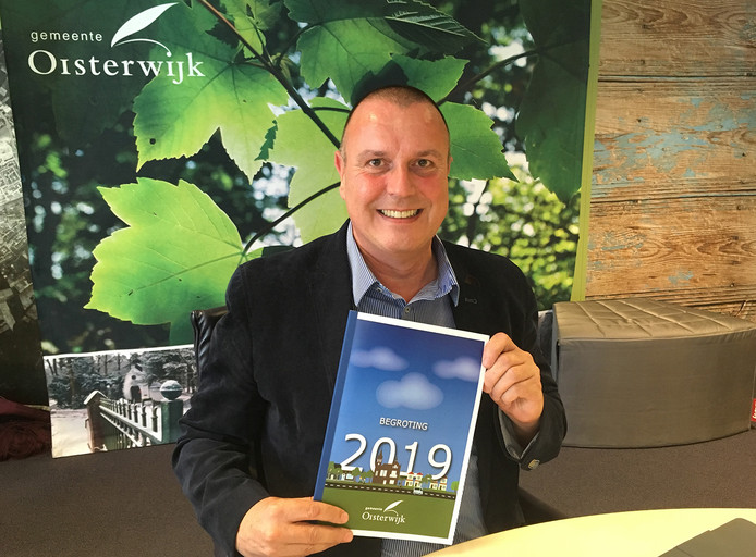 Wethouder Dankers van Oisterwijk presenteert de begroting voor 2019.