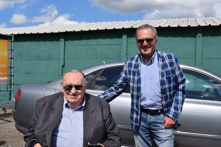 De oude en de nieuwe voorzitter: Roger Lambrecht en Louis De Vries