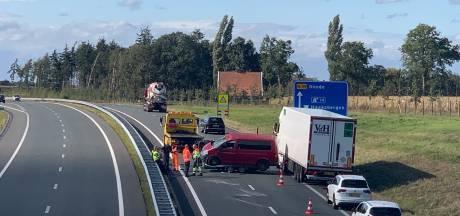 Eenzijdig ongeluk zorgt voor veel vertraging op N18 bij Haaksbergen
