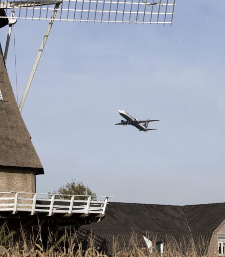 Vliegtuigen die 'stil' opstijgen van Eindhoven Airport maken niet minder herrie