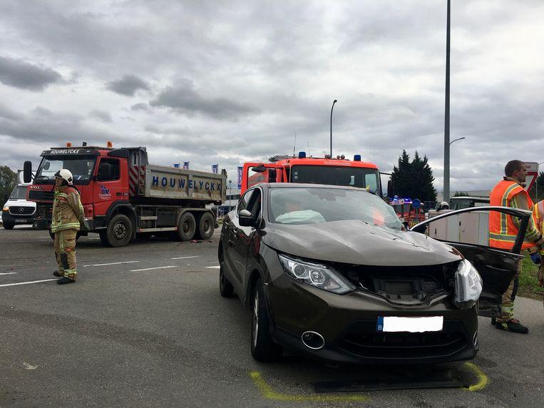 Sint-Katelijne-Waver - Het bejaarde koppel werd geëvacueerd uit het voertuig en overgebracht naar het ziekenhuis