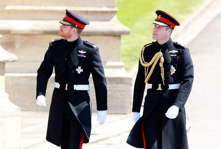 Prins William en prins Harry splitsen hun hofhouding op.